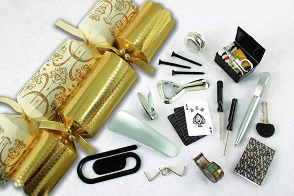 tom smith elegance premium luxury christmas crackers pack of 8 cream and gold