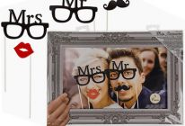 Product image for 'Mr & Mrs' Party Photo Props